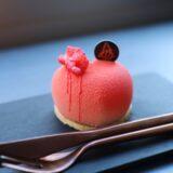 桜・チェリー・フランボワーズなど春らしさがつまったハートのケーキ『Numéro 5 Paris(ヌメロサンク・パリ)』(2月)