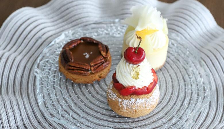 チェリーのシュークリームとLESS×KIRIKO NAKAMURAコラボクッキー『LESS』(5月)
